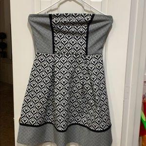 Black and white printed dress